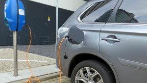 ponto-de-recarga-carro-eletrico-1